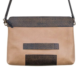 Justivia Superclutch Natural Lines