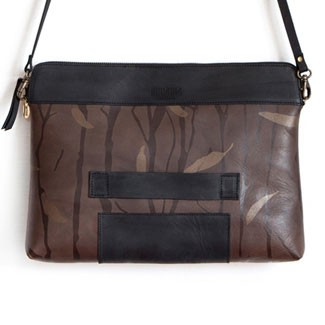 Justivia Superclutch Walnut Leaves