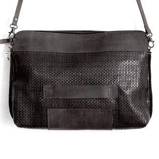 Justivia Superclutch Black Woven
